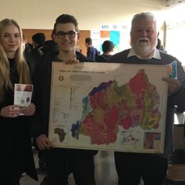 Karaba Neuwied zu Besuch am Rhein-Wied-Gymnasium